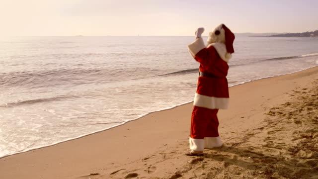 santa wakacje-taniec - happy holidays filmów i materiałów b-roll