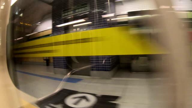 sao paulo city metro - são paulo video stock e b–roll