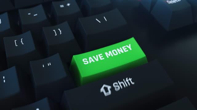 sparen sie geld tastatur- tastatur, intelligente budgetplanung, bestes angebot, business-plan - sparsamer lebensstil stock-videos und b-roll-filmmaterial