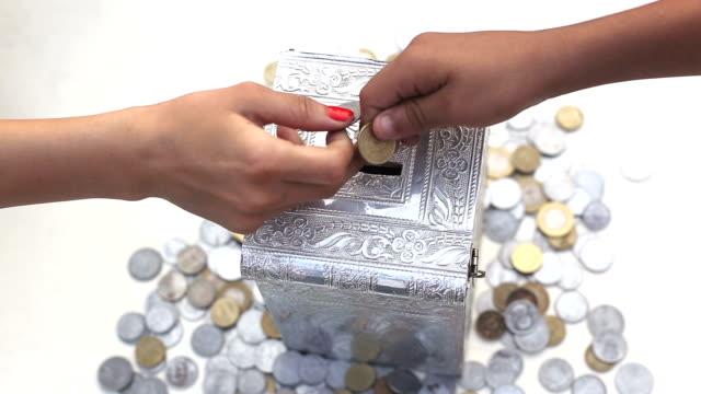 Savings  ! video
