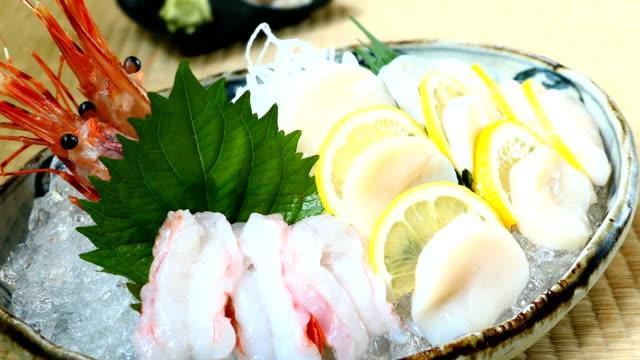 Scallop sashimi video