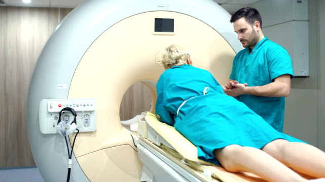 mri 掃描程式。 - breast cancer awareness 個影片檔及 b 捲影像
