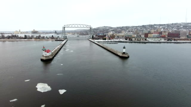 Scenic Duluth Harbor shipping channel video