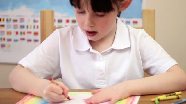スクールガール図面で自分のレッスンでは、学校 ビデオ