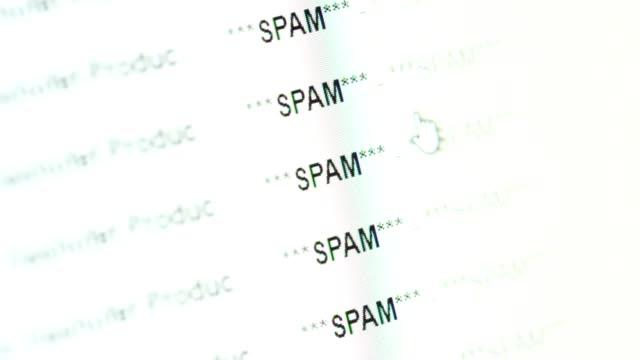 scrolling in an email inbox full of spam messeges - phishing filmów i materiałów b-roll