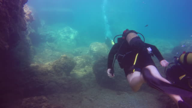 4K Scuba Reef Diving - vídeo