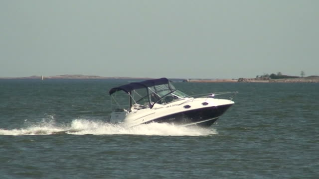 Sea motorboat eight video