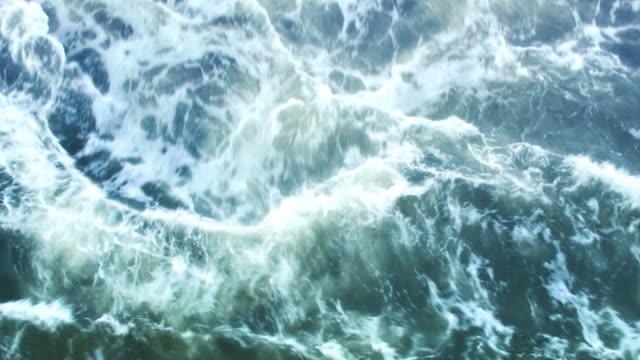 meer storm - rau stock-videos und b-roll-filmmaterial