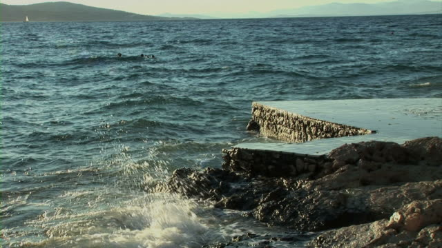 Sea waves hits into beach video