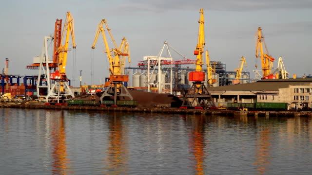 морские порты - tap water стоковые видео и кадры b-roll