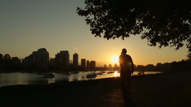 Seawall Walk at Sunrise, Vancouver video