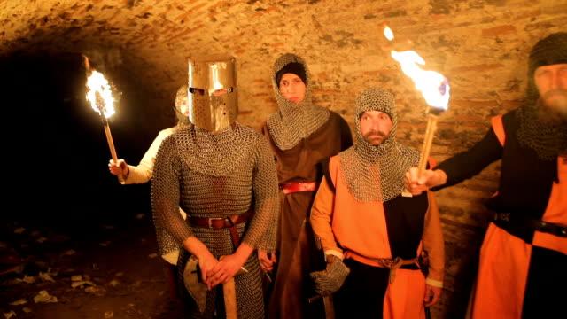 秘密騎士聖殿騎士隧道 - sword 個影片檔及 b 捲影像