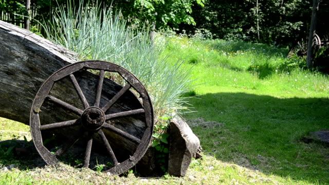 sedges wooden wheel