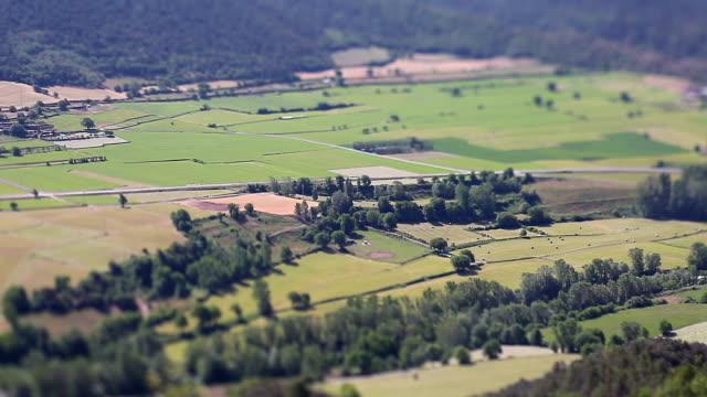 segre river valley, pla de san tirs miniaturized. - lleida stok videoları ve detay görüntü çekimi