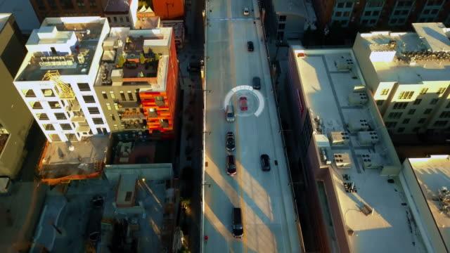 自動操縦自律車 4 k を運転している自己 - 自動運転車点の映像素材/bロール