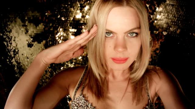 vídeos y material grabado en eventos de stock de autofoto vídeo bienvenida - saludar