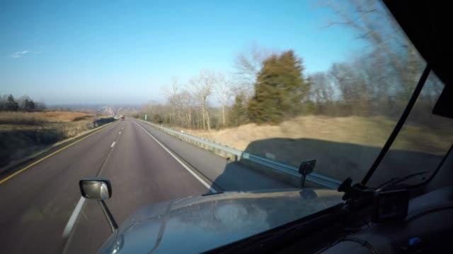 semi-truck pov driving shot | rural missouri, usa - missouri стоковые видео и кадры b-roll