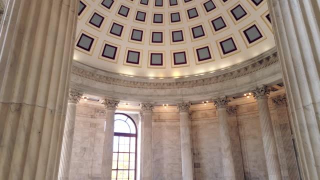 4 k/uhd、ワシントンで米国ラッセル上院のオフィスビル ロタンダ - 政治家点の映像素材/bロール