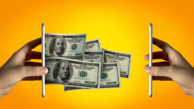 stockvideo's en b-roll-footage met het verzenden van geld-4k resolutie - uitwisselen