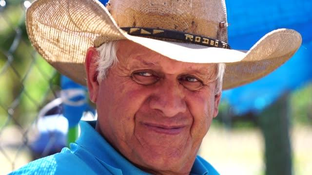 senior farmer/countryside man - настоящая жизнь стоковые видео и кадры b-roll