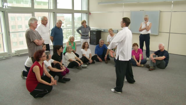 HD: Seniors Paying Attention To Tai Chi Exercises video