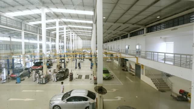 vídeos de stock e filmes b-roll de service center car repair station. time lapse - fundo oficina