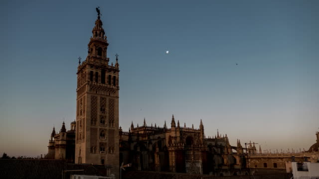 Sevilla giralda cathedral timelapse at sunshine moving shadows video