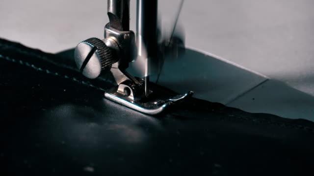 symaskin nål i rörelse - läder bildbanksvideor och videomaterial från bakom kulisserna