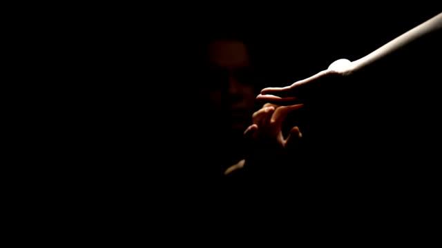 vídeos y material grabado en eventos de stock de víctima de esclavitud sexual aceptar mano, violencia doméstica, tráfico de seres humanos - human trafficking