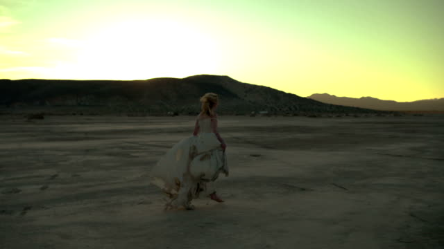 (Slow Motion) Sexy Blonde in the Desert 05 video