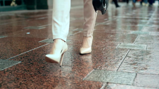 sexy businesswomen feet walking on the street - shoes fashion stock videos and b-roll footage