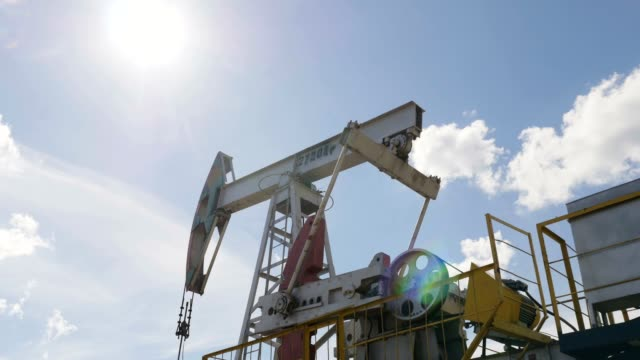 Shaft Puts in Motion Pumpjacks to Extract Petroleum