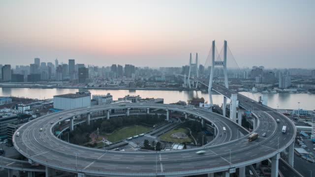 paesaggio urbano di shanghai, 4 k intervallo di tempo - 2016 video stock e b–roll