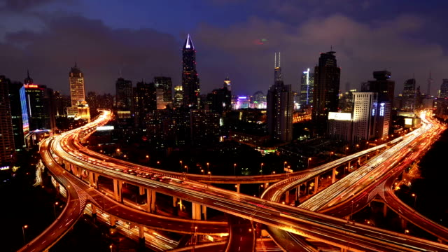 Shanghai interchange viaduct en verhoogde weg in nightfall​ video