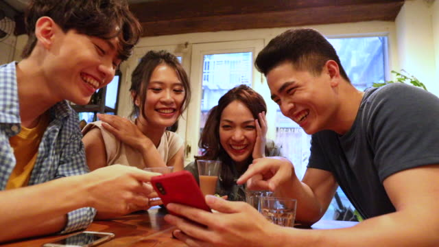 Sharing funny memories on smart phone