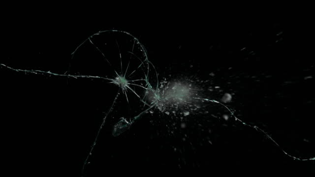 シャッターミラー割れたクラックガラス - ガラス点の映像素材/bロール