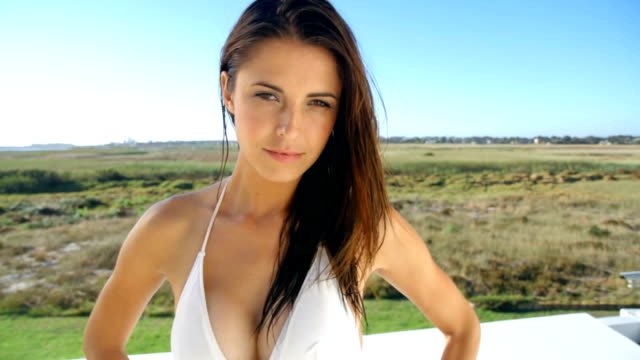 She's simply beautiful in swimwear video