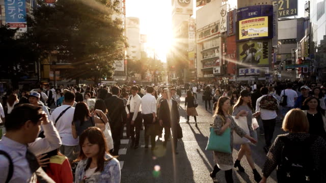Shibuya Crossing Kreuzung Menge Zeitlupe Tokio Japan. – Video