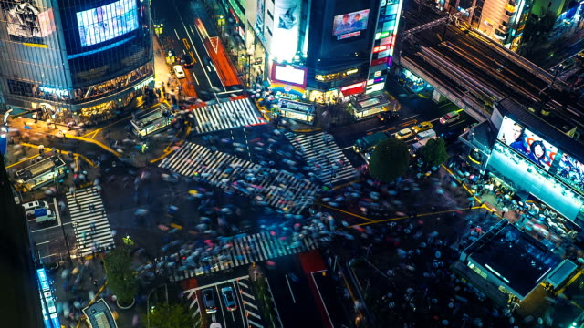 stockvideo's en b-roll-footage met shibuya kruising time-lapse - japan