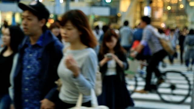渋谷スクランブル交差点 - 交差点点の映像素材/bロール