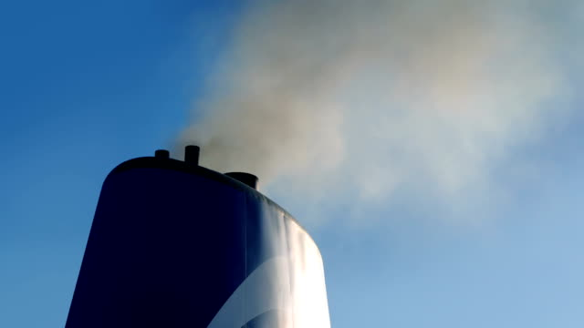 ship funnel with exhaust smoking out - дымоход стоковые видео и кадры b-roll