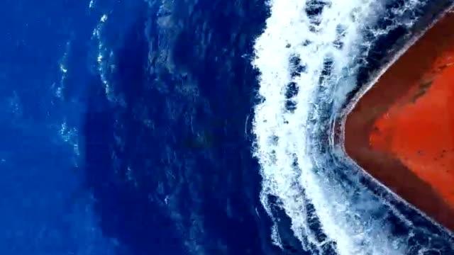 nave in viaggio - nave video stock e b–roll