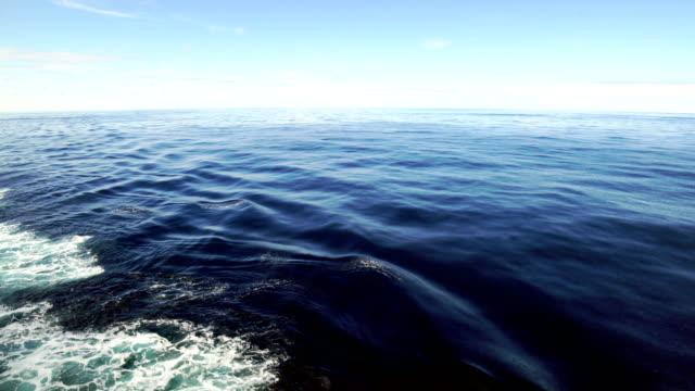 fartyg tankfartyg vävstolar ovan - skrov bildbanksvideor och videomaterial från bakom kulisserna