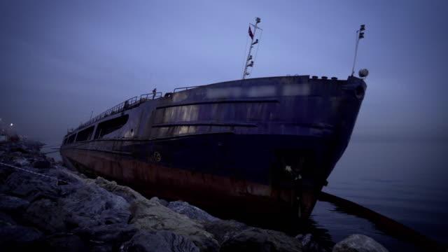 マルマラ海で難破。 - 腐敗点の映像素材/bロール