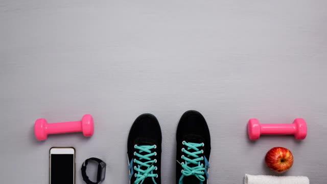 신발 그만 모션 - 스톱 모션 스톡 비디오 및 b-롤 화면