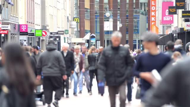 stockvideo's en b-roll-footage met winkelstraat in eindhoven - eindhoven