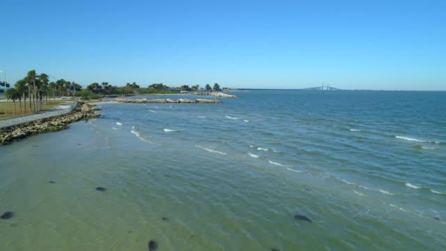 shores of tampa bay aerial video - побережье мексиканского залива сша стоковые видео и кадры b-roll