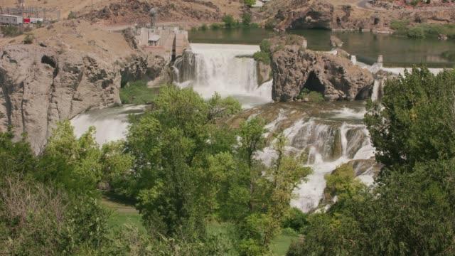 Shoshone Falls, Idaho circa-2018.  Beautiful flowing waterfalls. video