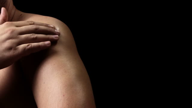 Shoulder pain video