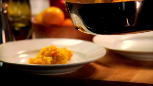 Shrimp risotto is served video